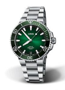 Oris Aquis Date Caliber 400 Green | 41.5MM